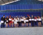 Jóvenes del Liceo Paul Harris obtienen su título profesional