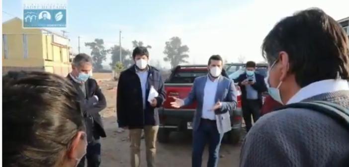 (VIDEO) ALCALDE FELIPE MUÑOZ SOSTIENE ENCUENTRO CON COMITÉ DE VIVIENDA LOS ALERCES